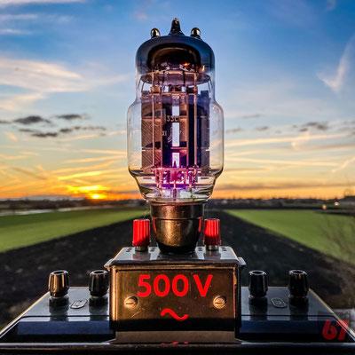 Phywe demonstration meter and high voltage ceramic insulator upcycling lamp - Jürgen Klöck - 2019