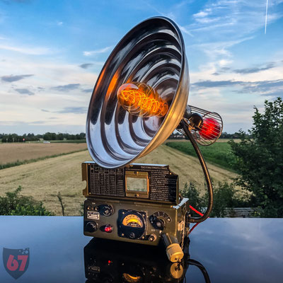 Military 1957 Geigercounter and radiant heater upcycling lamp - Jürgen Klöck - 2019