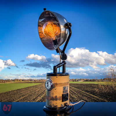 Original Hanau artificial sun upcycling lamp - Jürgen Klöck - 2017