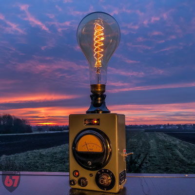 Rohde & Schwarz Voltmeter upcycling lamp - Jürgen Klöck - 2017