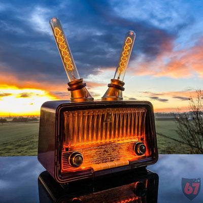 Philetta Tube Radio by Philips 1957, Upcycling with Bluetooth amp and Edison bulbs - Jürgen Klöck - 2019