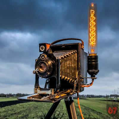 ICA Volta 125 plate camera upcycling lamp - Jürgen Klöck - 2017
