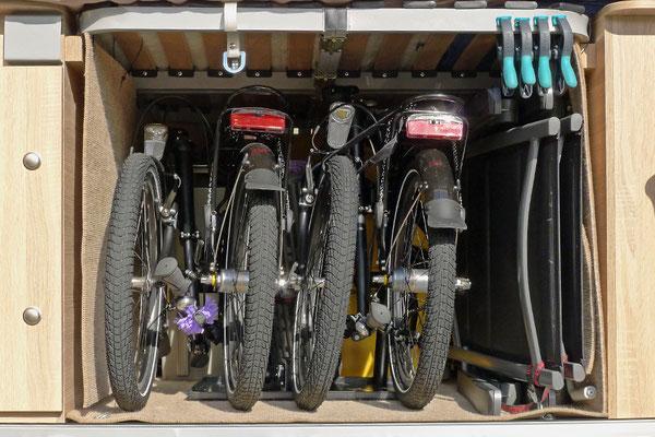"""Von vielen WoMo-Fahrern """"Garage"""" oder """"Keller"""" genannt: Der Laderaum muss möglichst optimal genutzt werden!"""