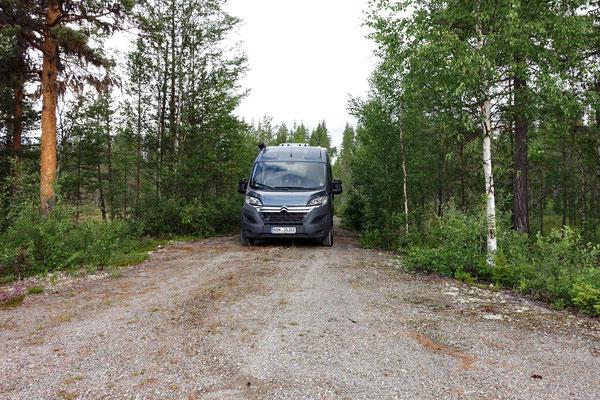 Unser Übernachtungsplatz vor dem Nationalpark - wir sind im Bärenland