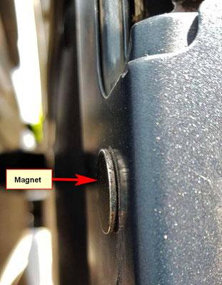 Magnet an der Schiebetür  - Kontakt für die Zuziehhilfe!
