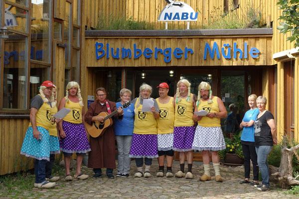 NABU Projekt Blumberger Mühle in Angermünde: Man(n) hielt uns ein Ständchen ... (A)