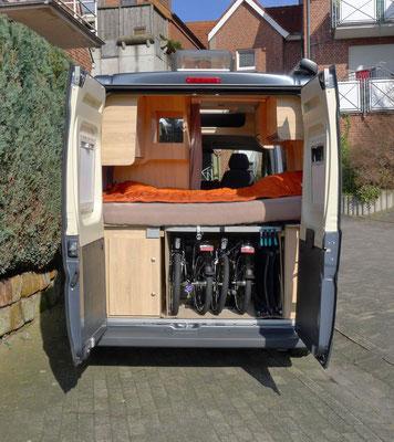 """Trotz des """"kleinen"""" Fahrzeugs sollten unsere Räder ins Auto und nicht auf einen Heckträger"""