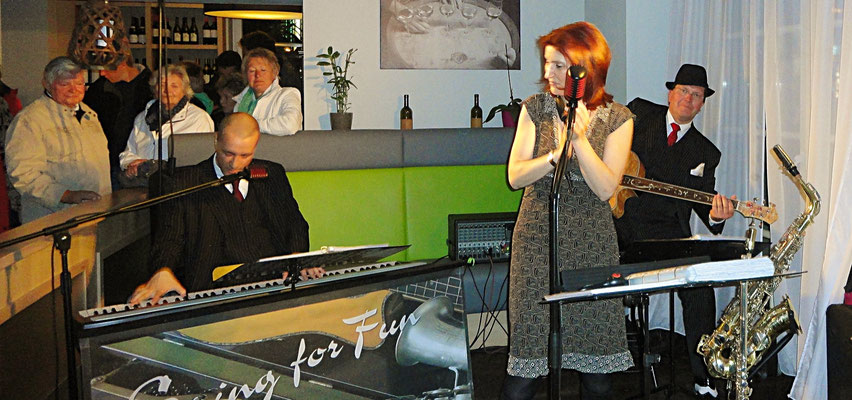 Honky Tonk, Kneipenfestival in Rostock mit Swing Musik von Swing for Fun
