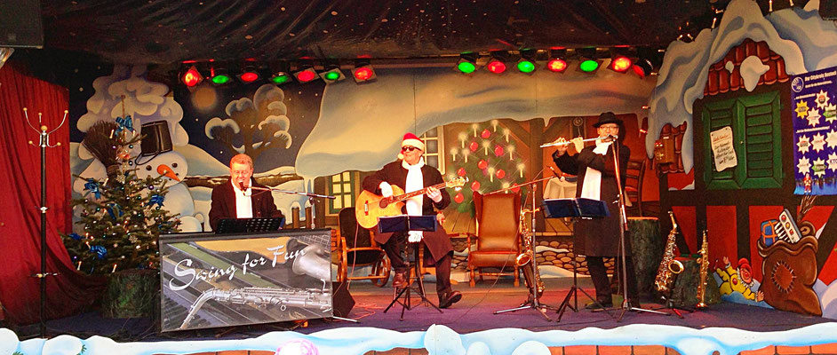 jazziges Weihnachtsprogramm auf dem Weihnachtsmarkt Rostock