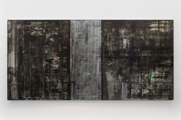 Cadro-tumba, 2014, oil an enamel paint on mirror, 170 x 350 cm