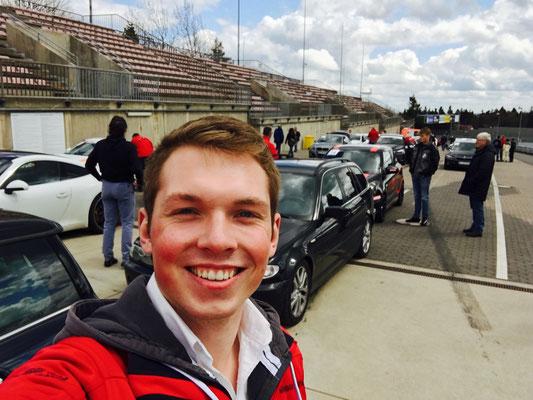Meisenzahl als Instruktor beim Nordschleifenlehrgang mit der Motorsport Akademie