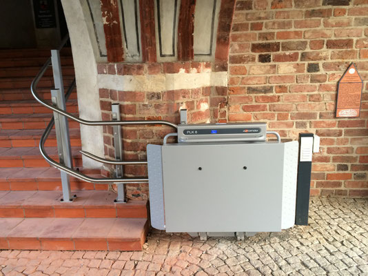 Viveco PLK 8 in Gemeinde Jüterbog Startposition zusammengeklappt