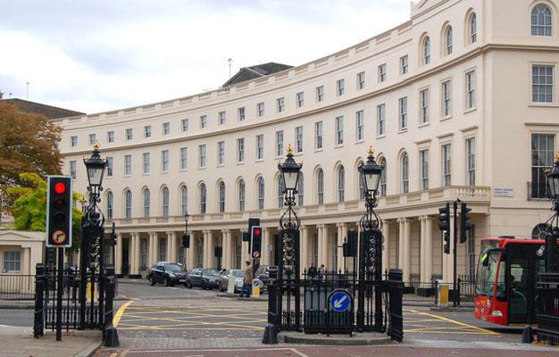 """Die Reihenhausanlage """"Parc Crescent"""" im Zentrum Londons"""