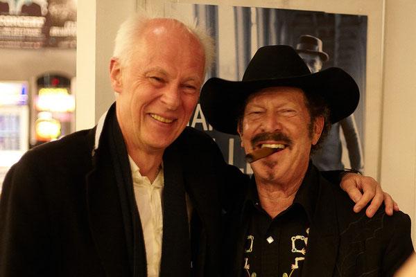 Nach der Show mit seinem deutschen Verleger Klaus Bittermann