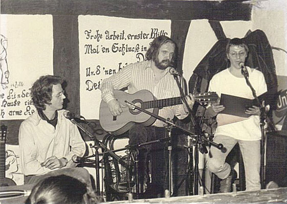 Odermennig live: v.l. Reiner Lenz, Lutz Götzfried, Kurt W. Sänger (Foto: Arno Kraussmann, Cafe Horch, Biedenkopf 1982)