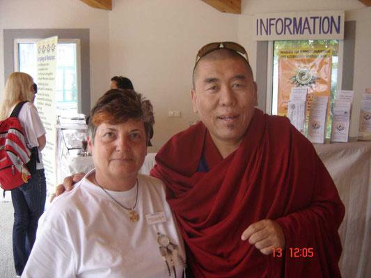 Geshe Rinpoche mit Brigitta …