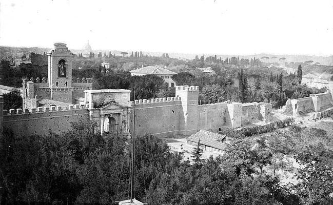 Roma, XX settembre 1870. Porta Pia e la Breccia aperta dall'artiglieria Italiana Wikimedia (CC)