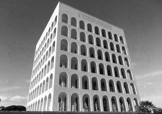 Palazzo della Civiltà e del Lavoro detto anche Colosseo Quadrato,  Foto: ©Paride Ruscitto