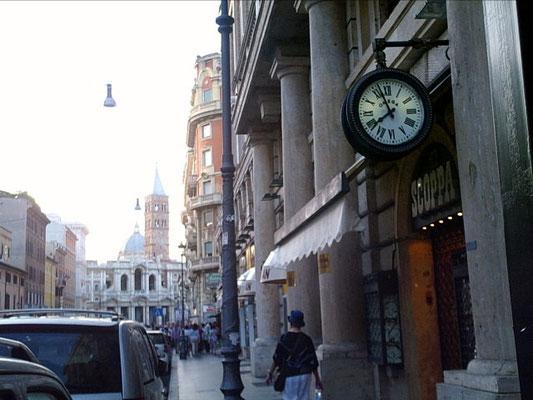 Via Merulana guardando Santa Maria Maggiore, Roma