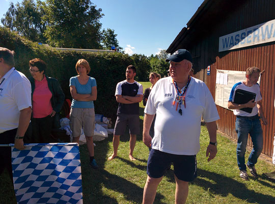 Schiedsrichter Bernd Roth