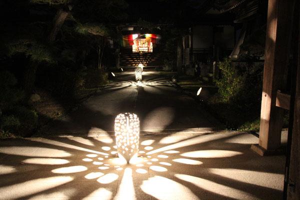 一心寺の灯り