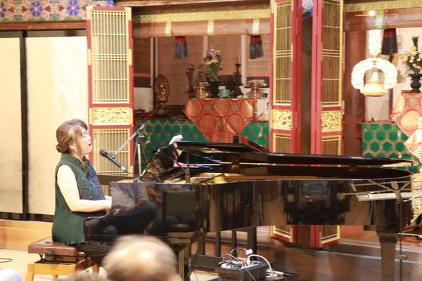 ピアノ・栗田敬子さん