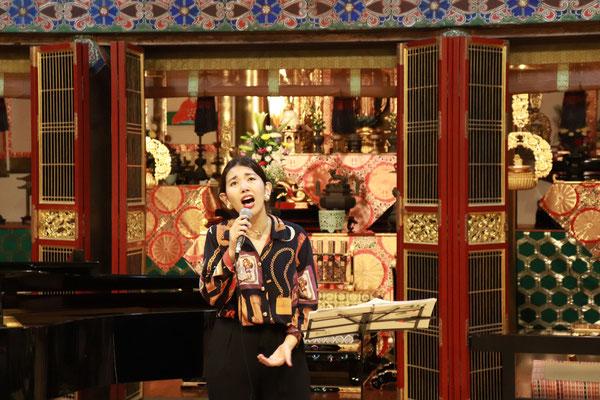 歌・森弓恵さん