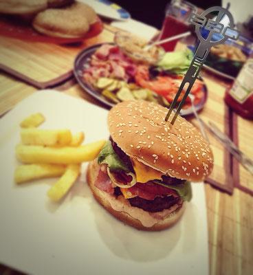 Schaschlik, BurgerSpieß, GrillSpieß, Souvlakispieß, GemüseSpieß, ObstSpieß - www.JIIL.de BBQ