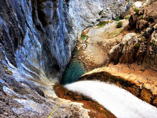 80m Abseiler in Griechenland
