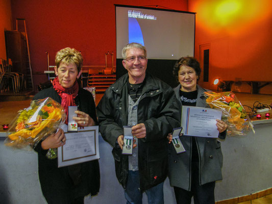 Vendredi 18 janvier 2013 - Les trois médaillés : Pierrette Cottereau, Pascal Leimbacher et Francine Paoli