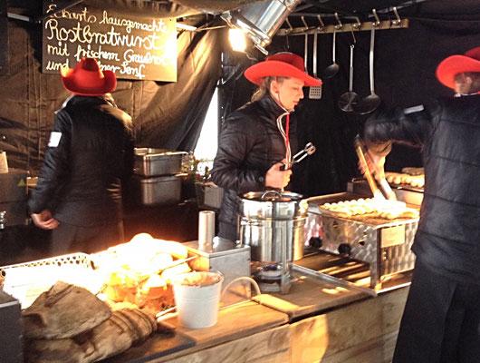 Eckarts Karneval Currywurst Pommer