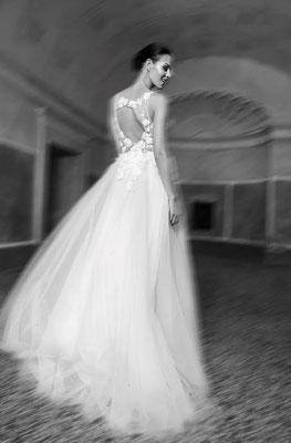 Brautkleid tiefer Rücken Natali Bridal Brautmoden Per Sempre