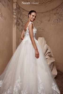 Brautkleid Prinzessin mit Spitze und Stickerei Natali Bridal Brautmoden Per Sempre