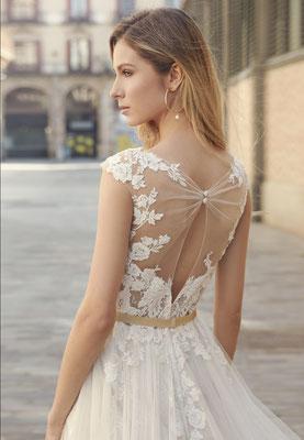 Fara Sposa Brautkleid Wunderschöner Rücken mit Tattoo-Spitze Brautmoden Per Sempre