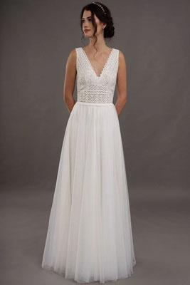 Brautkleid Spitzenoberteil und Tüllrock Lilurose Brautmoden Per Sempre