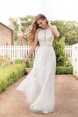 Brautkleid Vintage mit Spitze und locker fallendem Tüllrock Kelsey Rose Brautmoden Per Sempre