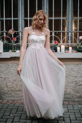 Kleid mit Blüten Nadia Manzato Brautmoden Per Sempre