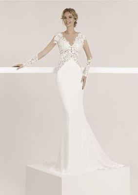 Brautkleid mit langen Ärmeln, transparent