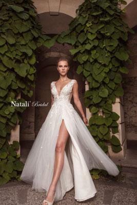 Brautkleid mit besticktem Oberteil und Schlitz Natali Bridal Brautmoden Per Sempre