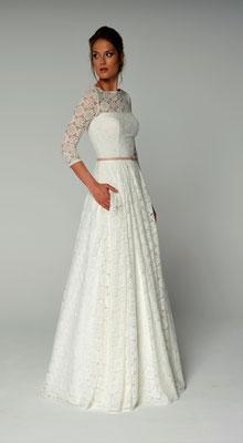 Brautkleid mit Taschen aus Spitze Lilurose Brautmoden Per Sempre