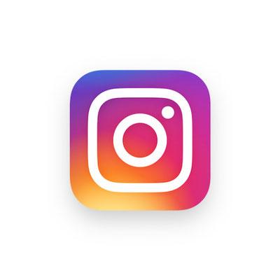 https://www.instagram.com/christinewaxweiler/