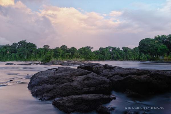 Suriname Menimi