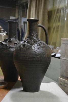 изготовление глиняных ваз, гончарная мастерская