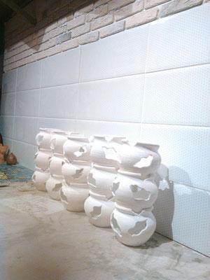 изготовление глиняных горшков, глиняной посуды, гончарная мастерская