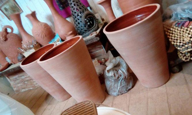 производство глиняных горшков, глиняной посуды, гончарная мастерская кнор