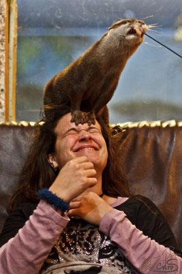 Ich mit einem Otter auf dem Kopf