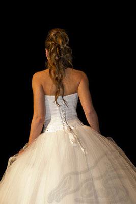 Braut von hinten Hochzeitsmesse Speyer