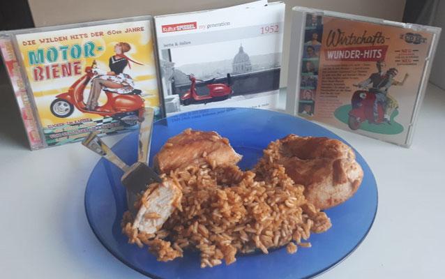 Lecker Hühnerbrustfilet mit angemachtem Reis. Dazu eine nette Musikauswahl mit rollerlastigen Schlagern.