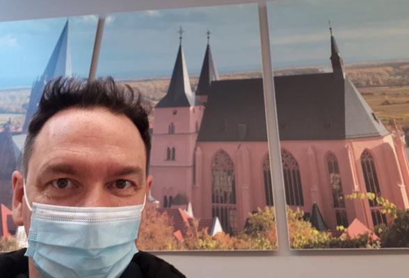 Was ist spitzer? Meine neue Frisur oder die Türme der Katharinenkirche zu Oppenheim am Rhein?