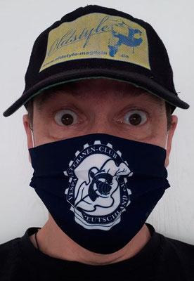 """Ein Jahr """"Maske"""". Hier eine vom Vespa Veteranen Club Deutschland."""